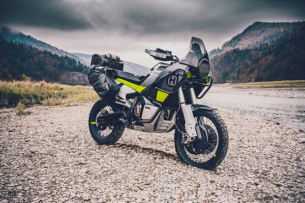 HUSQVARNA MOTORCYCLES PREMIER AN ARRAY OF 10 MODELS AT EICMA 2019