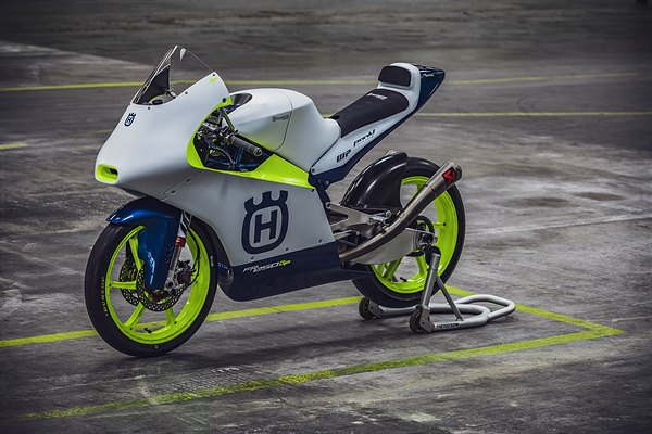 HUSQVARNA MOTORCYCLES RETURN TO MOTO3 COMPETITION WITH MAX RACING TEAM