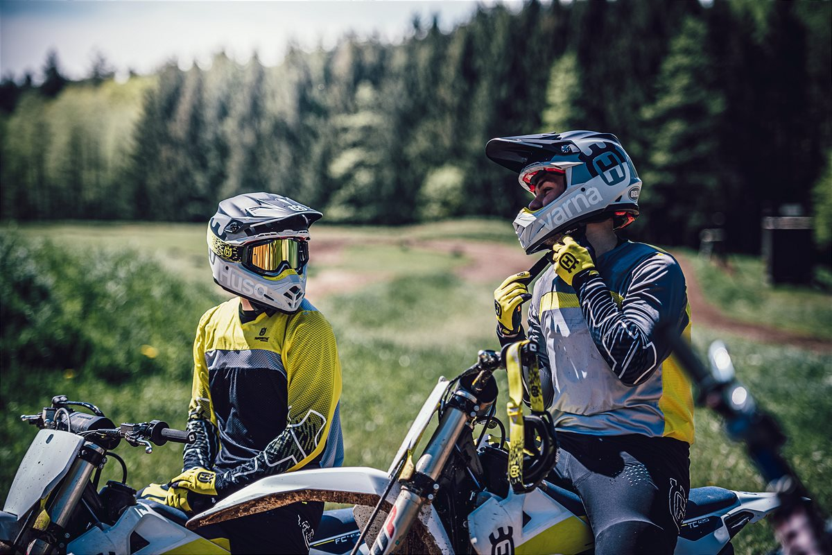 Husqvarna Motorcycles_Functional Offroad Apparel 2020 (18)